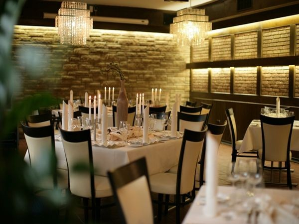 gourmet restaurant im zentrum in duisburg mieten eventlocation und hochzeitslocation. Black Bedroom Furniture Sets. Home Design Ideas
