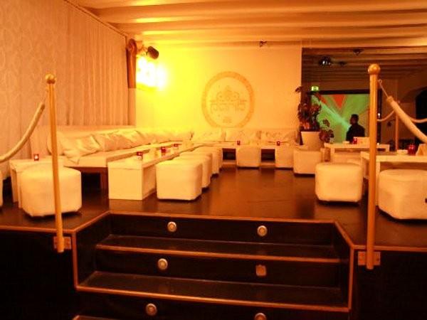 exklusiver club im boschareal in stuttgart mieten eventlocation und hochzeitslocation. Black Bedroom Furniture Sets. Home Design Ideas