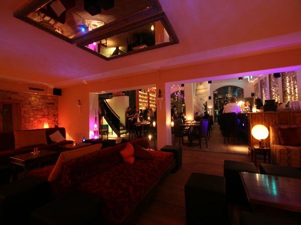 halle der helden in frankfurt am main mieten eventlocation und hochzeitslocation location. Black Bedroom Furniture Sets. Home Design Ideas