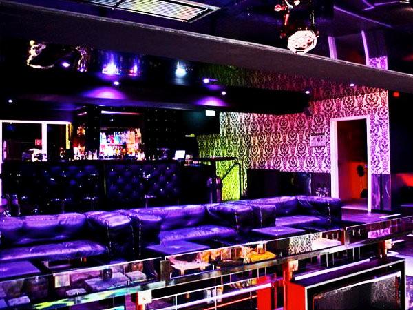 skyclub in frankfurt am main mieten eventlocation und hochzeitslocation location. Black Bedroom Furniture Sets. Home Design Ideas