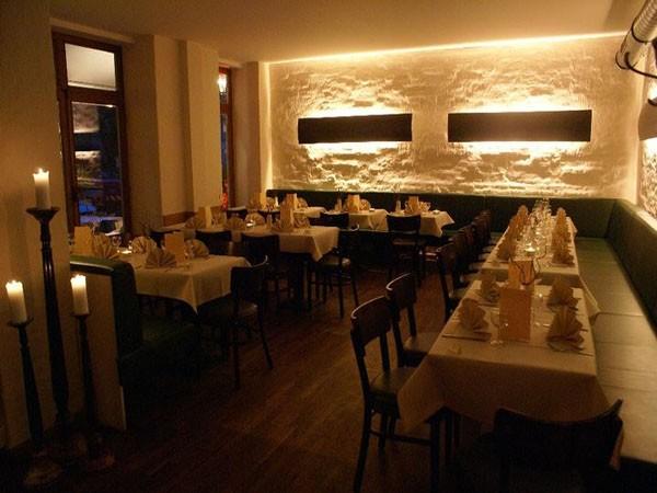 schickes restaurant mit kreativer k che in berlin mieten. Black Bedroom Furniture Sets. Home Design Ideas