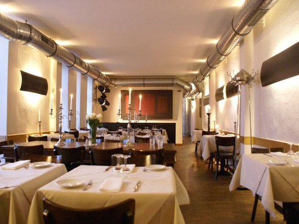 schickes restaurant mit kreativer k che in berlin mieten eventlocation und hochzeitslocation. Black Bedroom Furniture Sets. Home Design Ideas