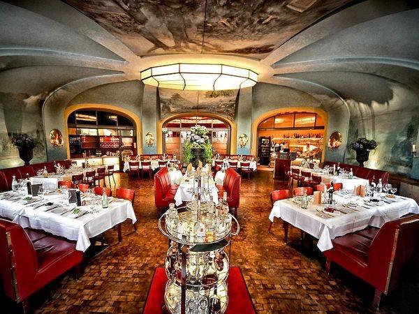 restaurant in historischen gem uern in berlin mieten eventlocation und hochzeitslocation. Black Bedroom Furniture Sets. Home Design Ideas