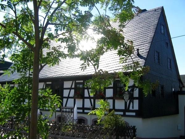 historische scheune in chemnitz sachsen mieten. Black Bedroom Furniture Sets. Home Design Ideas