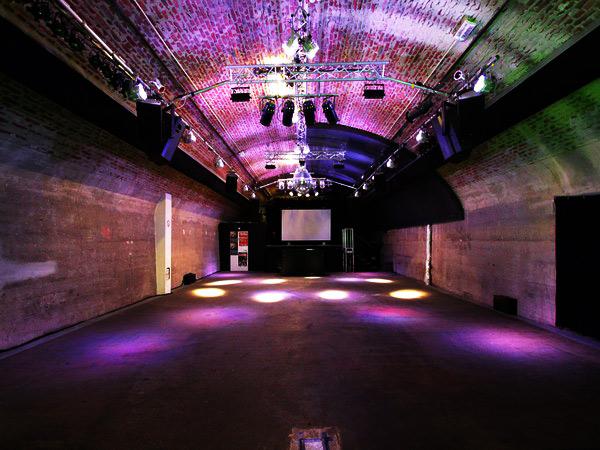 club bhf ehrenfeld in k ln mieten eventlocation und hochzeitslocation location. Black Bedroom Furniture Sets. Home Design Ideas