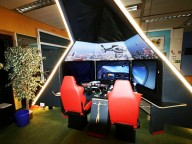 Location: Flieger-Club mit Flugsimulator