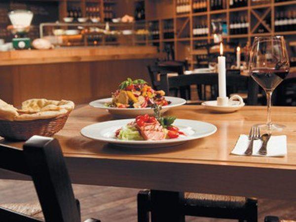 stilvolles restaurant mit mediterranem flair in berlin mieten eventlocation und. Black Bedroom Furniture Sets. Home Design Ideas