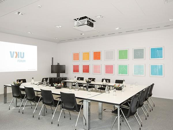 veranstaltungszentrum in berlin mitte in berlin mieten eventlocation und hochzeitslocation. Black Bedroom Furniture Sets. Home Design Ideas