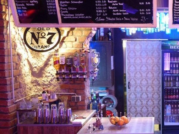 Außergewöhnliche Bar und Lounge in Leipzig mieten Eventlocation ...