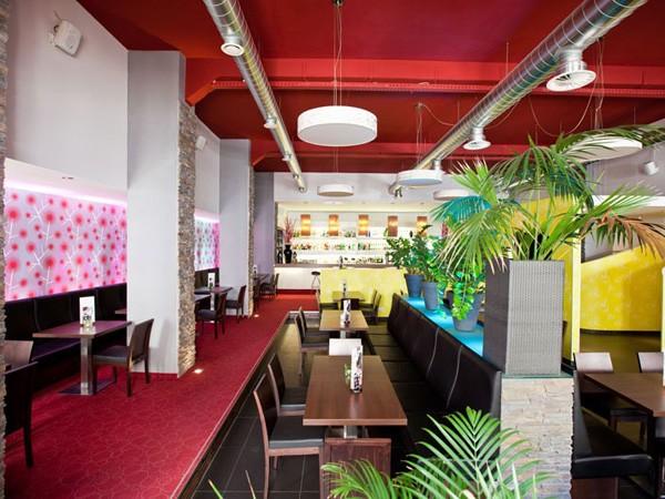 schickes restaurant in saalfeld in saalfeld mieten eventlocation und hochzeitslocation. Black Bedroom Furniture Sets. Home Design Ideas
