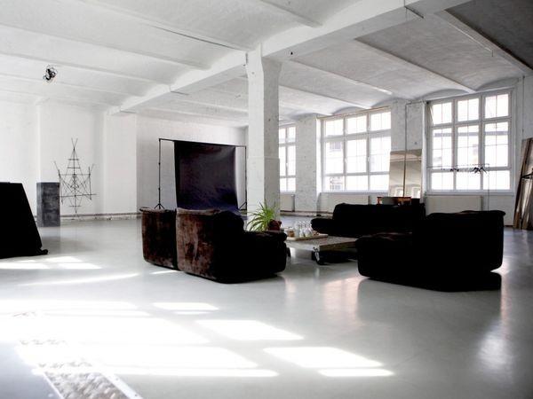 lichtdurchflutetes loft in kreuzberg in berlin mieten eventlocation und hochzeitslocation. Black Bedroom Furniture Sets. Home Design Ideas