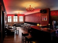 Location: Exklusive Bar & Lounge in der Innenstadt