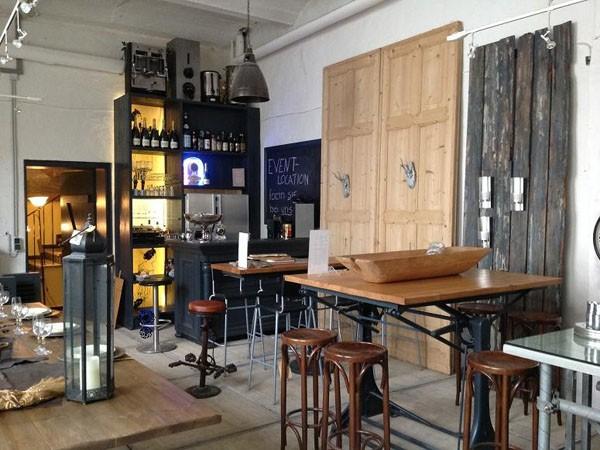 stilvolles m belhaus im zentrum in d sseldorf mieten eventlocation und hochzeitslocation. Black Bedroom Furniture Sets. Home Design Ideas