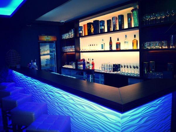 stylischer club und bar in der innenstadt in hannover mieten eventlocation und. Black Bedroom Furniture Sets. Home Design Ideas