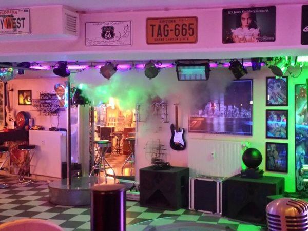 club im stil der american 50 in st ingbert mieten eventlocation und hochzeitslocation. Black Bedroom Furniture Sets. Home Design Ideas