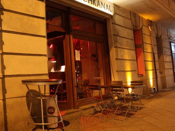 gem tliche bar in berlin mitte in berlin mieten eventlocation und hochzeitslocation location. Black Bedroom Furniture Sets. Home Design Ideas