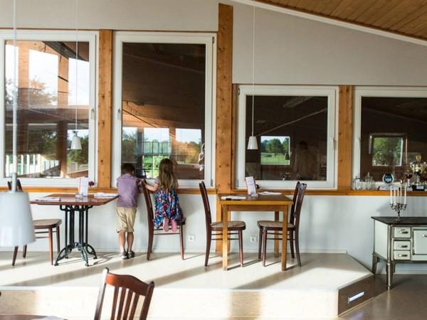 restaurant im gr nen nahe iffezheimer rennbahn in iffezheim mieten eventlocation und. Black Bedroom Furniture Sets. Home Design Ideas