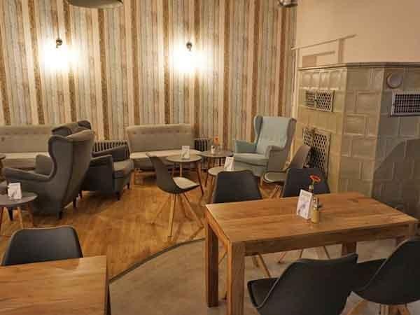 Cafe mit wohnzimmer atmosph re in karlsruhe mieten - Wohnzimmer karlsruhe ...