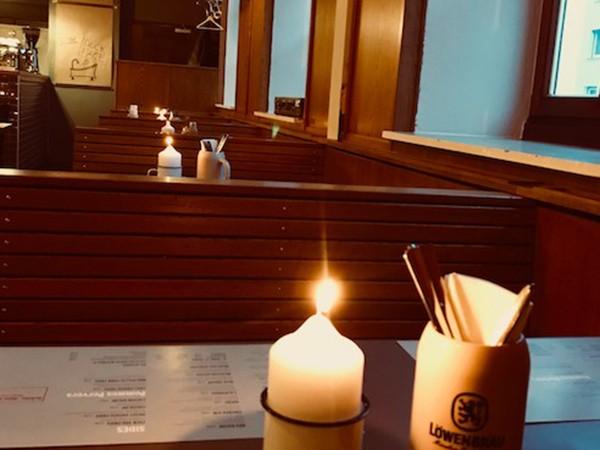 burger restaurant in schwabing in m nchen mieten eventlocation und hochzeitslocation. Black Bedroom Furniture Sets. Home Design Ideas