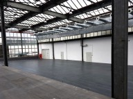 Location: Eventhalle mit Industriecharme