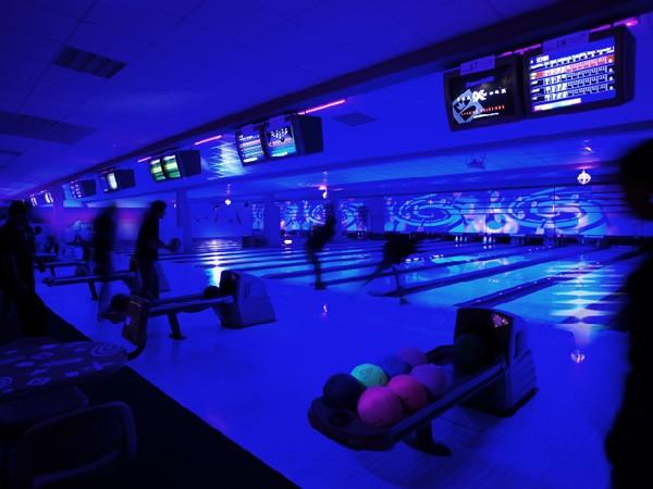 B8 Center DГјsseldorf Bowling