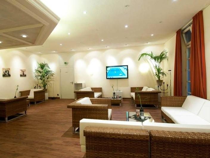 tennisclub am englischen garten in m nchen mieten eventlocation und hochzeitslocation. Black Bedroom Furniture Sets. Home Design Ideas
